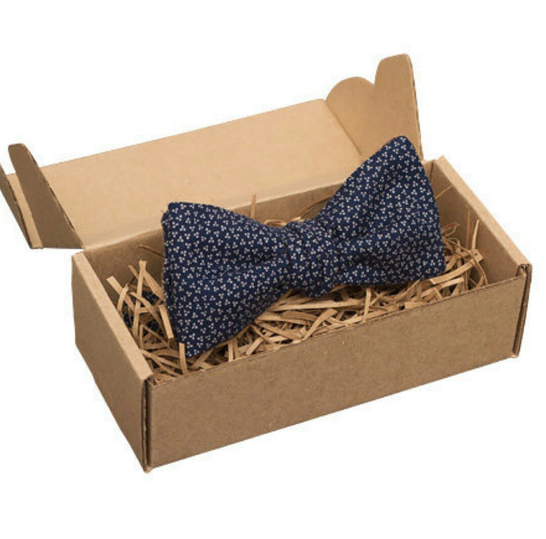 Как упаковать галстук и бабочку в подарок